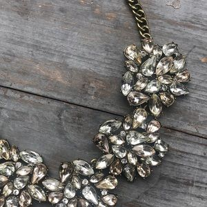 Sugarfix chuncky beautiful statement necklace